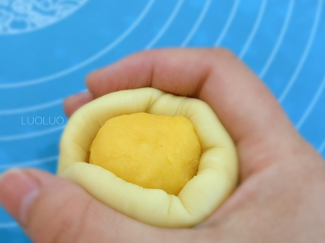 奶黄小餐包-一次发酵超好吃(附快手奶黄馅制作方法)的做法 步骤8