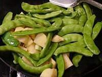 红烧排骨炖豆角土豆的做法 步骤7