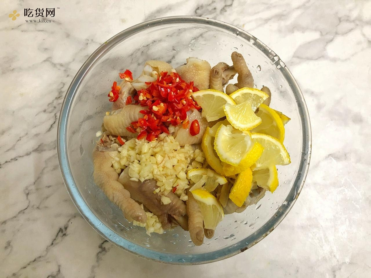 好吃到跺脚‼️蒜香柠檬鸡爪🍋清爽不油腻的做法 步骤4