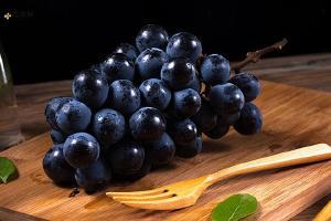 葡萄用盐水泡可以吗,葡萄用盐水泡多长时间好缩略图