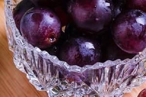 拉肚子可以吃葡萄吗,葡萄吃了上火吗缩略图