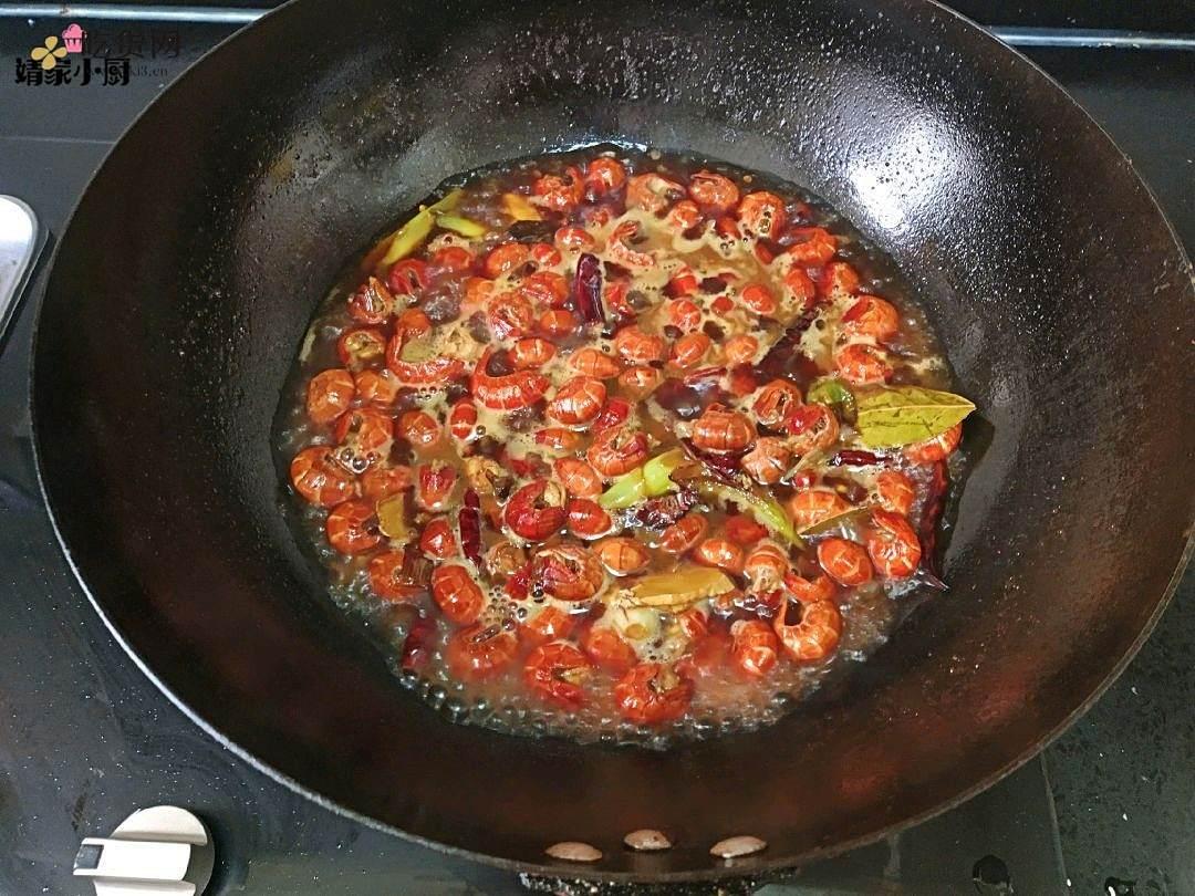 家常麻辣小龙虾尾的做法 步骤5