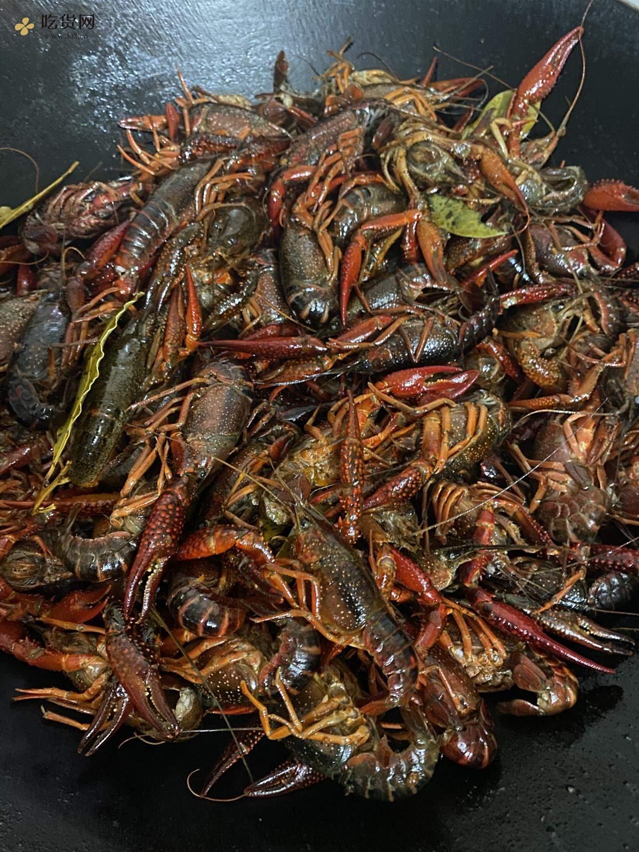 不用过油的麻辣小龙虾的做法 步骤2