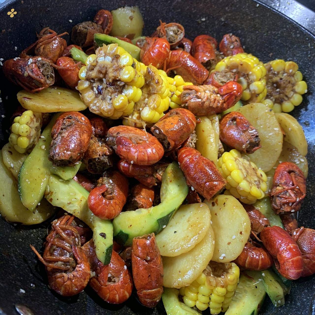 火锅底料麻辣小龙虾的做法 步骤5