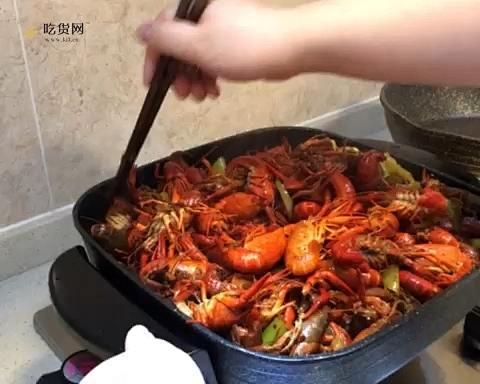 超简单懒人麻辣小龙虾的做法 步骤9