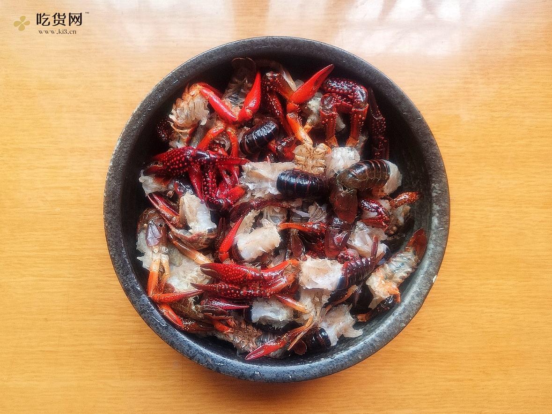 史上最好吃的麻辣小龙虾做法就在这,一吃准爱上的做法 步骤1