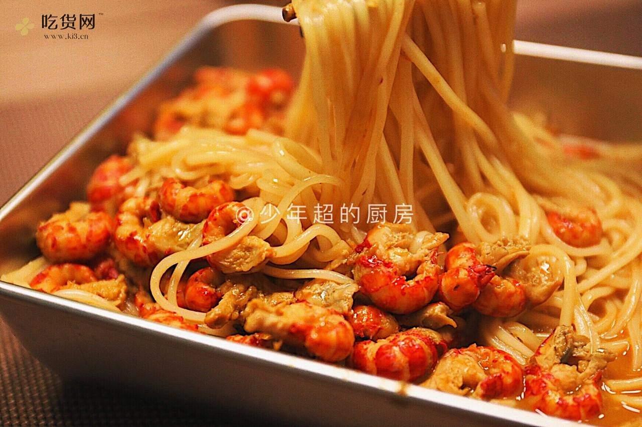 麻辣咖喱小龙虾拌面的做法 步骤5