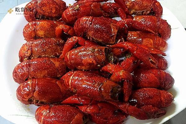 不能错过的独家秘制香辣油焖大虾,吃了还想吃的小龙虾,麻辣小龙虾的做法步骤图缩略图