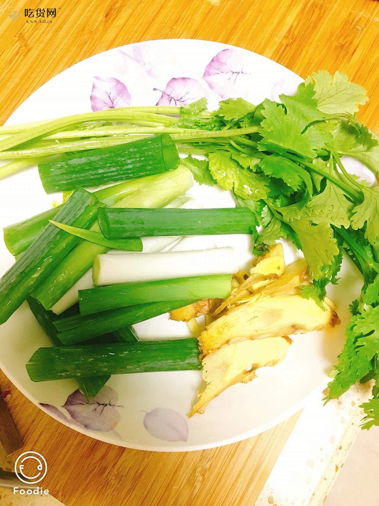 麻辣小龙虾(独创四川口味)的做法 步骤3
