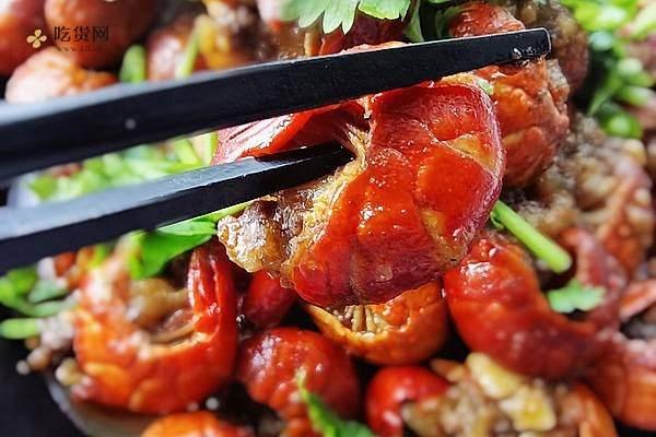 你最爱的麻辣小龙虾·尾,做的越多越省钱,小白变厨神全靠这一招的做法步骤图缩略图