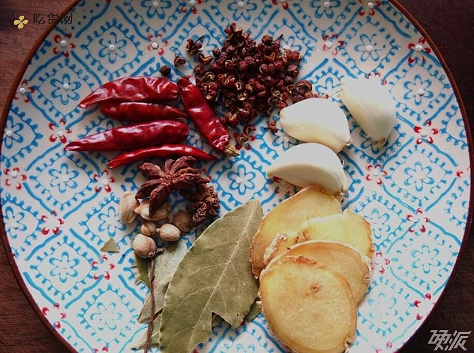 麻辣鲜香敞开吃,夏天的小龙虾!的做法 步骤2