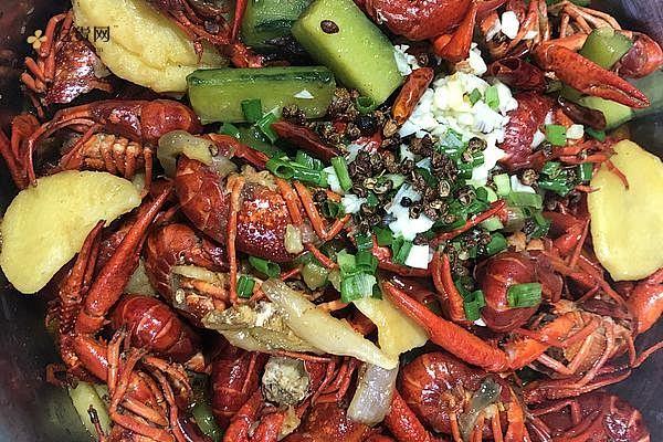 五香麻辣小龙虾的做法步骤图,怎么做好吃缩略图