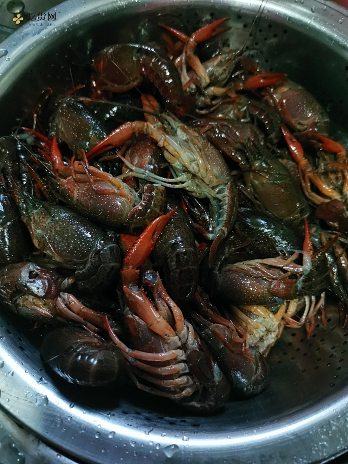 肉不散的麻辣小龙虾干货满满的做法 步骤1