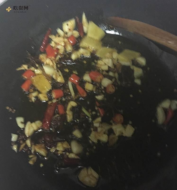 小白麻辣小龙虾做法的做法 步骤4