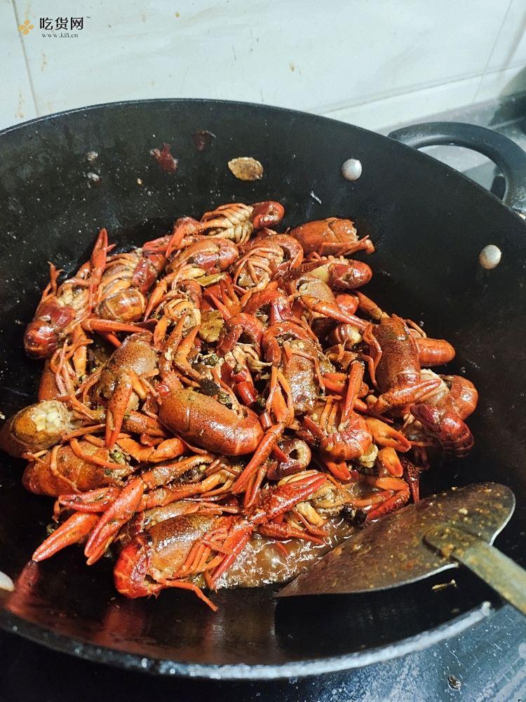 光盘麻辣小龙虾的做法 步骤4
