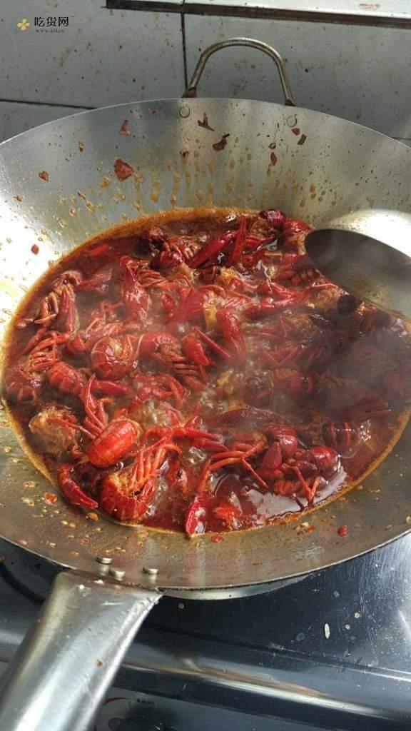麻麻辣辣小龙虾的做法 步骤8
