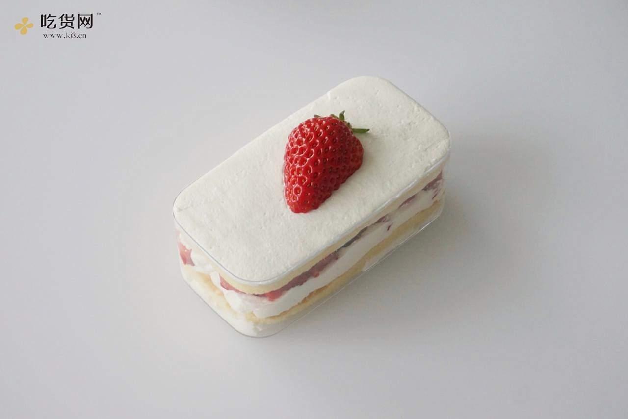 一次搞定4款盒子蛋糕|草莓|芒果|肉松|奥利奥|超高颜值|野餐必备的做法 步骤27