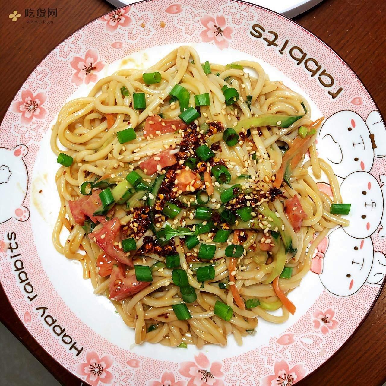 夏日快手饭菜麻酱凉拌面的做法 步骤7