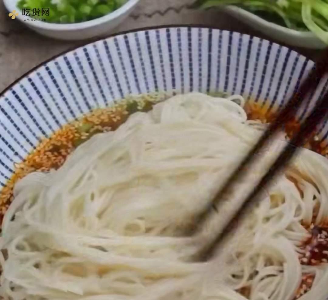 十分钟做好一盘开胃凉拌面~太好吃啦的做法 步骤7