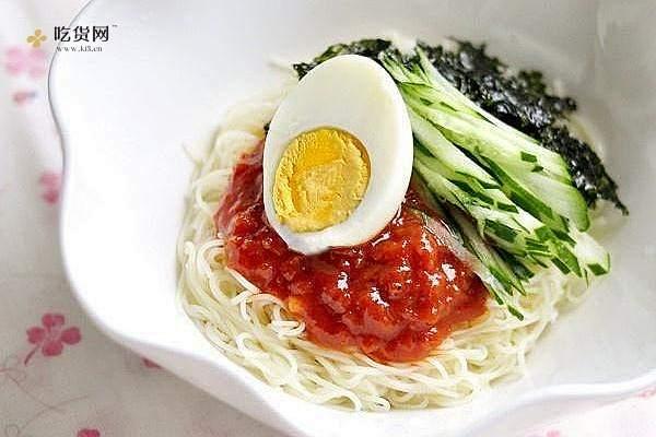 韩国料理——骨董面(비빔국수)的做法步骤图插图