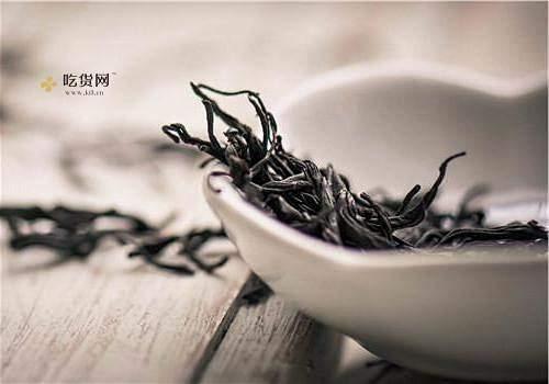 纯蜂蜜和荼叶能一起煮茶喝吗,喝茶叶蜂蜜柠檬水的常见问题缩略图