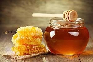 纯蜂蜜有酒味还能喝吗 有关纯蜂蜜的客观事实你清楚吗缩略图