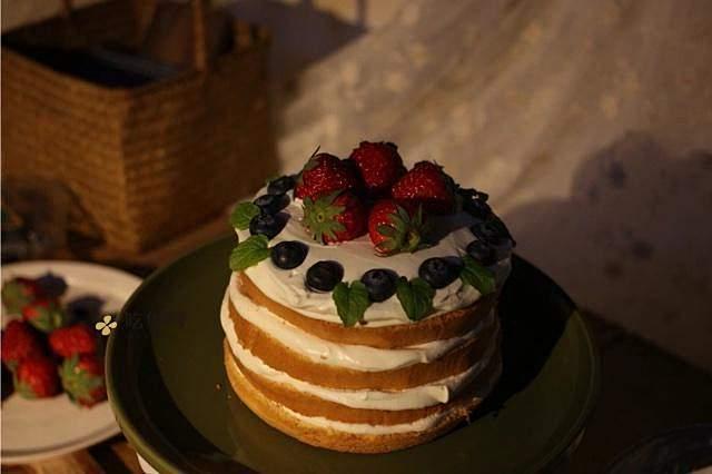 奶油装饰裸蛋糕(简易版)的做法 步骤6