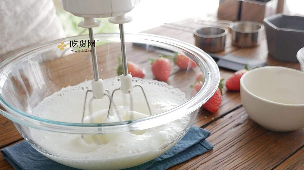 【附视频】草莓芝士蛋糕的做法 步骤4