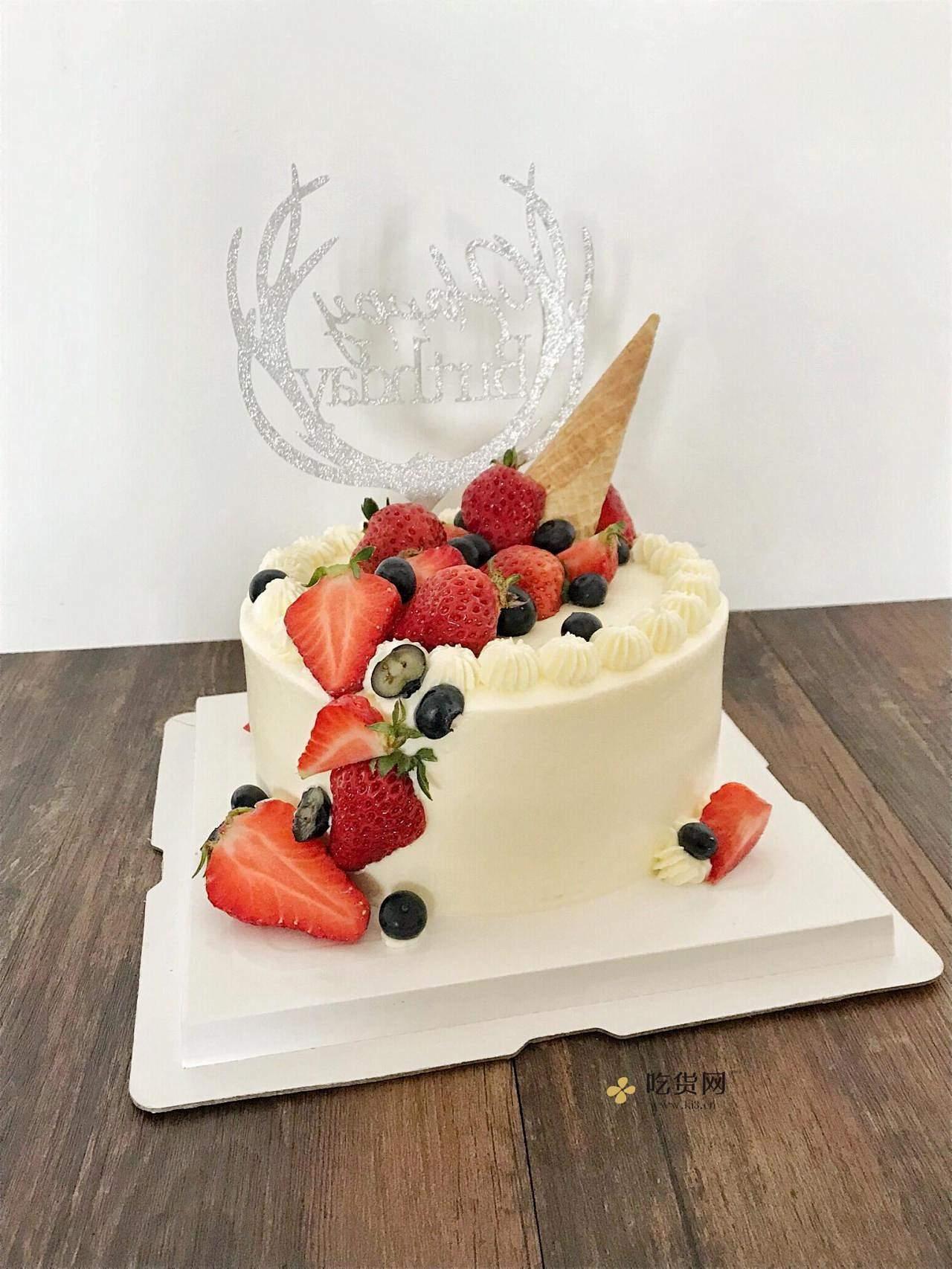 草莓装饰奶油蛋糕的做法 步骤6