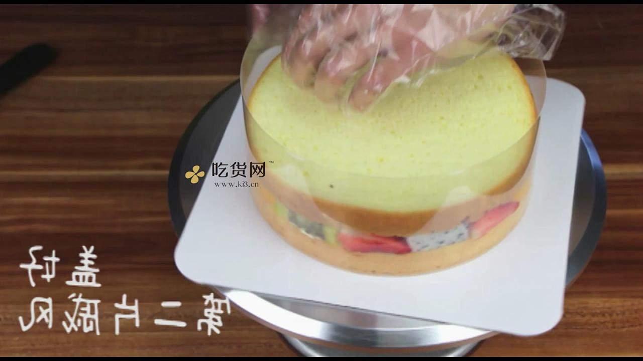 简单美味水果裸蛋糕 无需裱花技巧【视频教学】的做法 步骤9