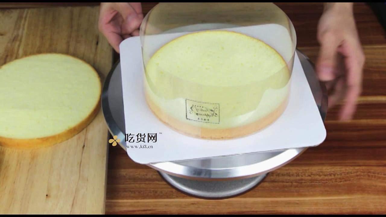 简单美味水果裸蛋糕 无需裱花技巧【视频教学】的做法 步骤4