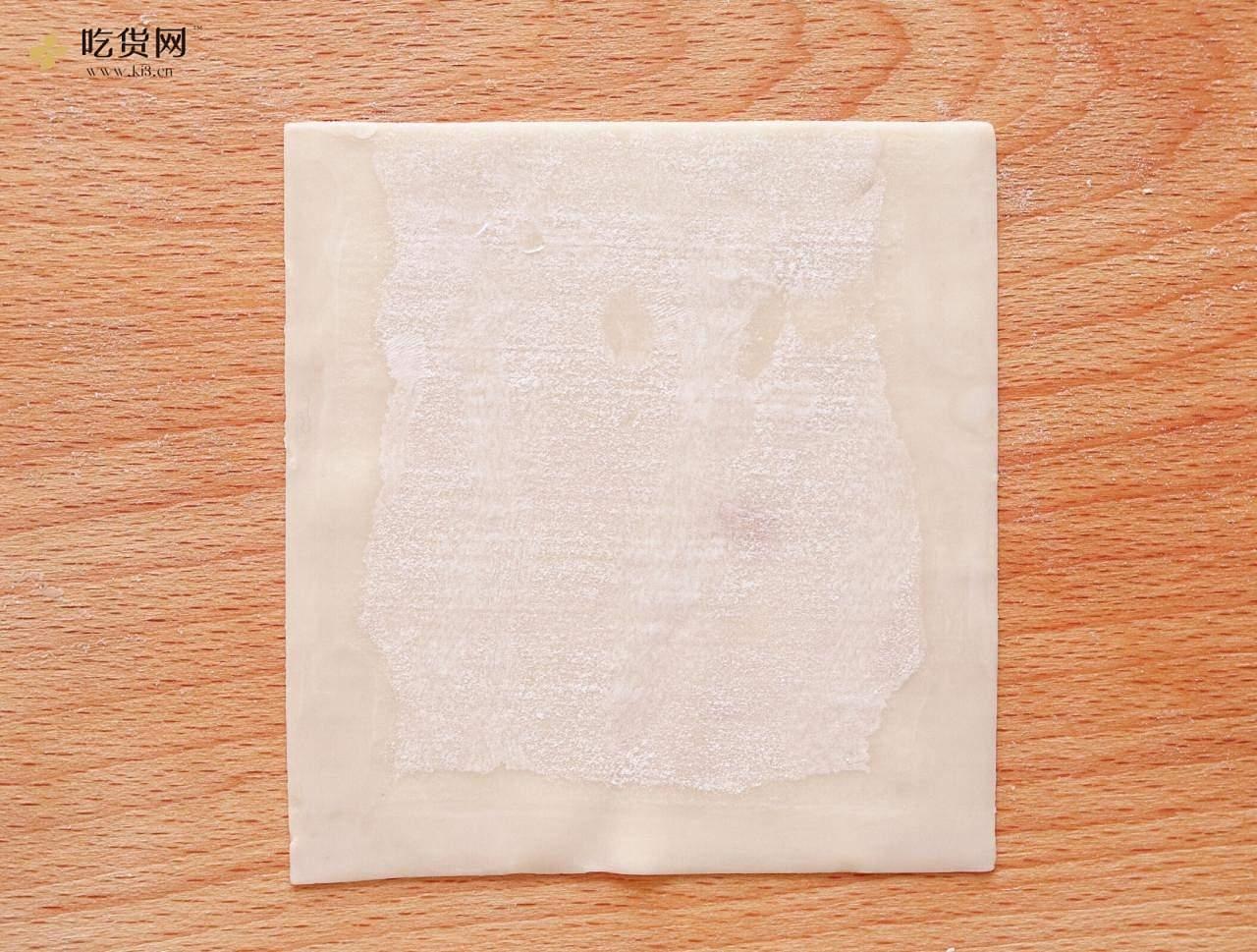 馄饨皮口袋饼的做法 步骤2