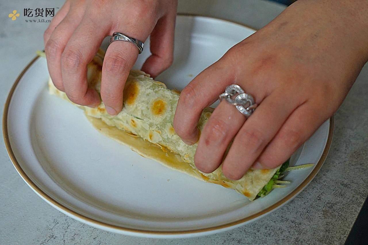 早上用10分钟,就能搞定的营养早餐饼的做法 步骤11