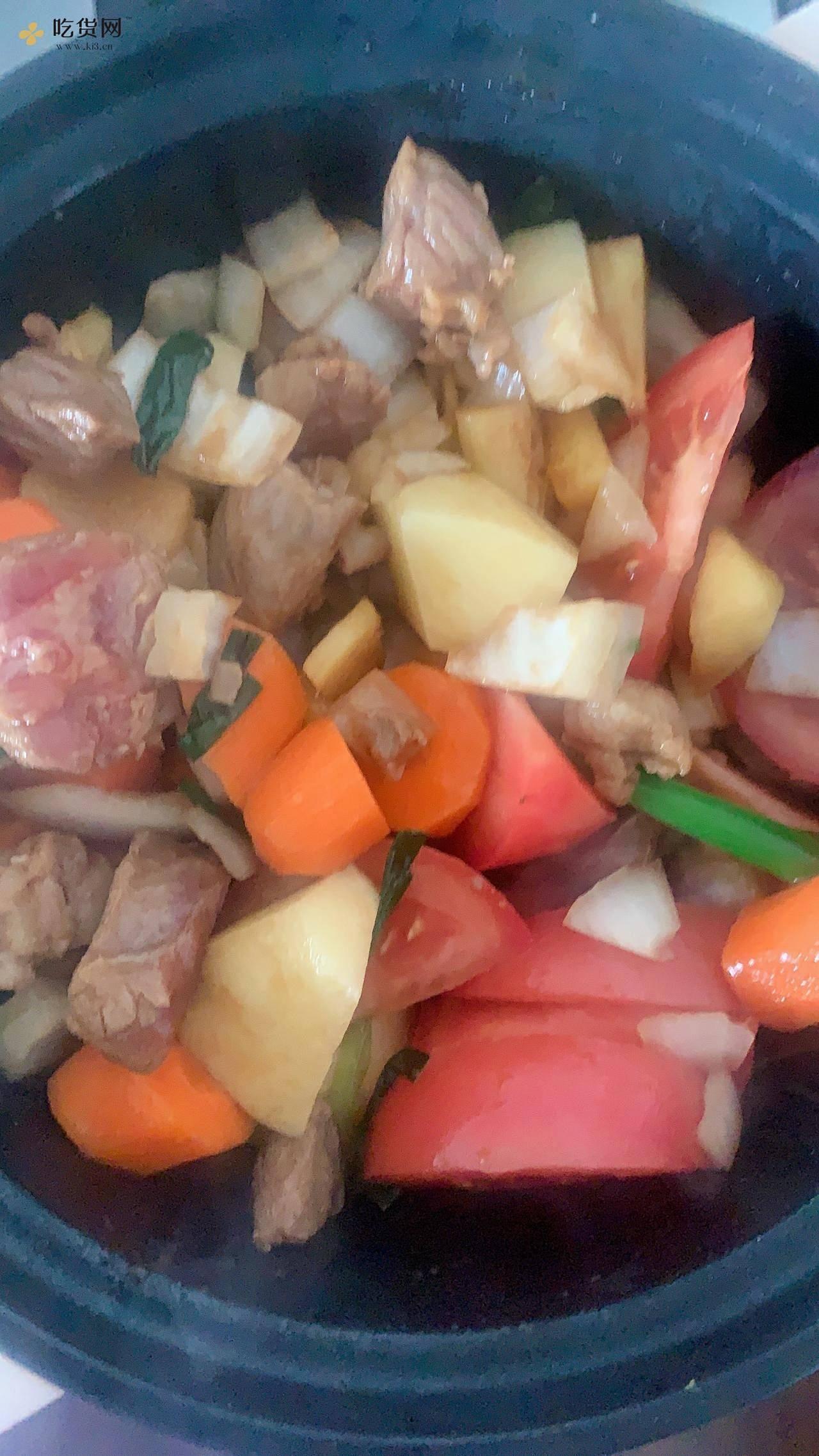 上班族快手减肥餐之电饭煲土豆牛肉粒的做法 步骤5