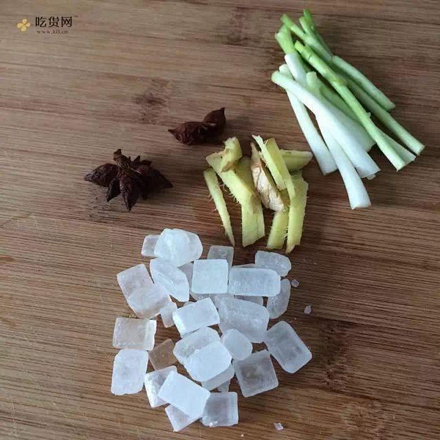无油版糖醋排骨的做法 步骤1