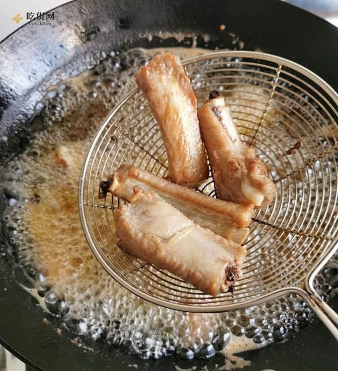 经典版糖醋排骨的做法 步骤4