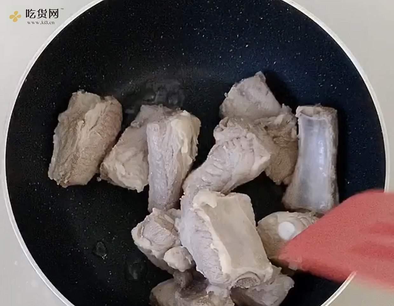 好吃到舔盘子的糖醋排骨,附酱汁秘方的做法 步骤5