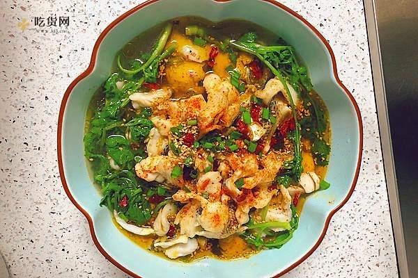 酸菜鱼(鲈鱼)的做法步骤图,怎么做好吃缩略图