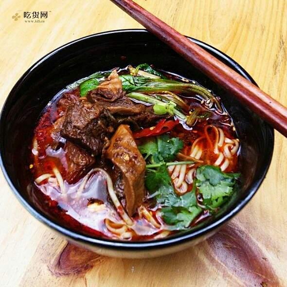 重庆小面,红烧牛肉面的做法 步骤3
