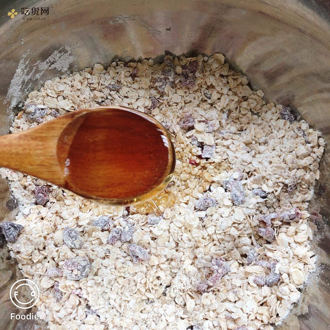 低卡零食 蜂蜜柠檬燕麦饼干的做法 步骤4