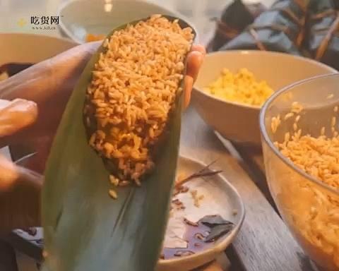 新手小白能学会的极简包粽子教程的做法 步骤4