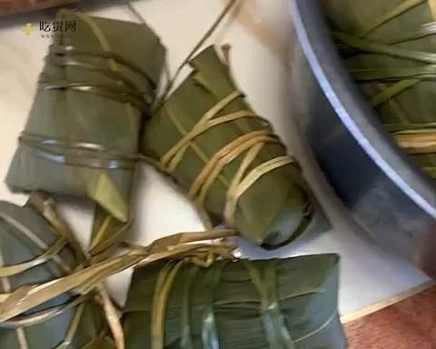 黑糯米粽子的做法 步骤7