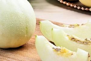 减肥的时候为什么不能吃香瓜,减肥期间一天吃多少香瓜合适缩略图
