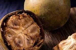 银耳和罗汉果红枣梨能一起煮吗,罗汉果和梨熬水的功效缩略图