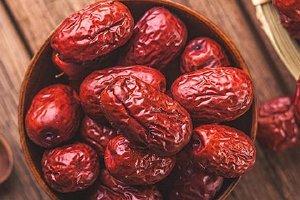 红枣泡水的正确方法,每天喝红枣泡水好吗缩略图