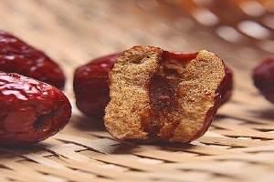 做红枣泥怎么去皮,红枣泥的营养价值缩略图