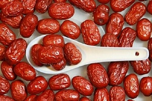 吃红枣拉肚子怎么回事,吃红枣拉红枣怎么办缩略图
