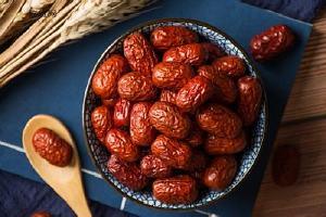 干红枣有酸味能吃吗,干红枣发黑还能不能吃缩略图