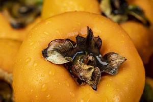 脆柿子为什么里面是黑的,脆柿子里面是黑的能吃吗缩略图