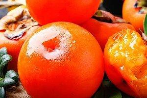 晚上能吃柿子吗,每天吃柿子的最佳时间缩略图